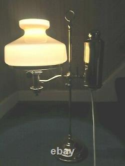 A lovely rare antique Victorian brass Manhattan student oil lamp