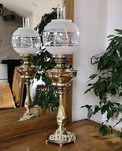 Antique Veritas Oil Lamp Central Draught Burner Brass Font