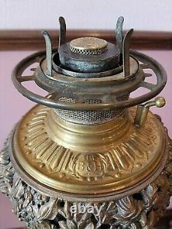 Antique Victorian Bradley & Hubbard Oil Burning Banquet Lamp 33T