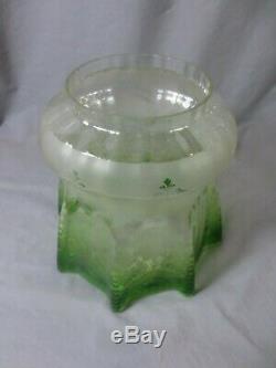 Antique Victorian Veritas Green Acid Etched Parafin Kerosene Oil Lamp Shade