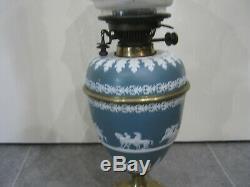 Beautiful Victorian Antique Wegwood Oil Lamp With Blue Tulip