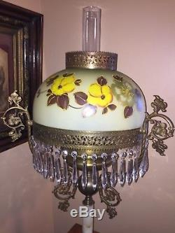 Large Antique Victorian Parlor Oil Lamp Hand Painted Glass Shade