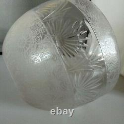 Super Quality Victorian Oil Lamp And Etched Shade