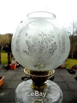 Superb Quality Victorian Cut Crystal Glass Corinthian Column Duplex Oil Lamp