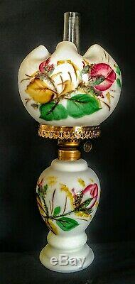 VICTORIAN GONE WITH THE WIND style MINIATURE OIL LAMP 10 Tall MINT around 1877