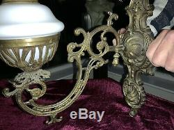 Victorian 19th Century Brass Wall Mounted Oil Lamp